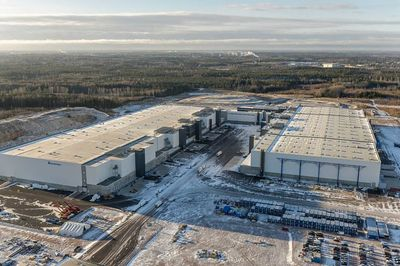 "The Sipoo Logistics Centre for consumer goods is one of the biggest warehouses in Finland. This building complex will be the grocery logistics centre for ""S Group"" - currently the market leader in the Finnish FMCG market. 270,000 m2 of floor is laid there by company PRIMEKSS."